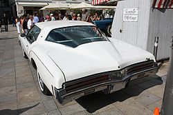 250px-Buick_Riviera_GS_Heck.jpg