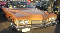 250px-%2773_Buick_Riviera_%28Orange_Julep%29.jpg